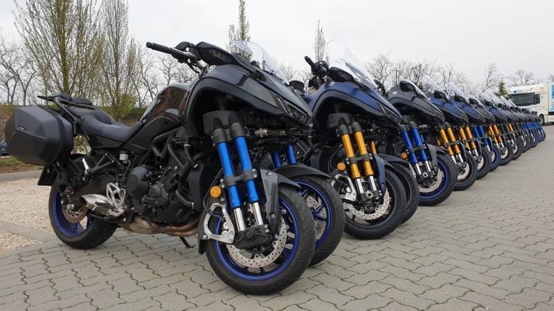 Szörnyen tapadós hétvége – Yamaha Niken & Monster roadshow