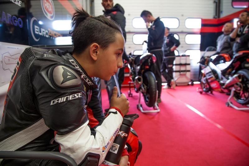 Kecskés Bence mögött az RXP – Simoncelli Squadra Corse csapata