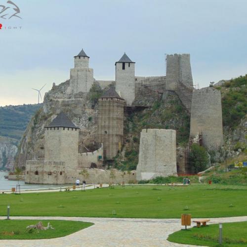 Vassal a Vaskapuhoz-Kanyargás a Duna mindkét oldalán (1nap)